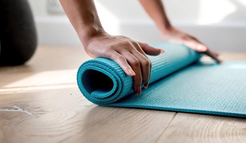 Tappetino Yoga: guida all'acquisto dei migliori tappeti