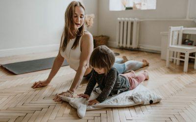 Yoga per bambini: pratica, esercizi e benefici